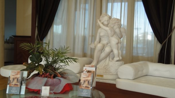 statua1